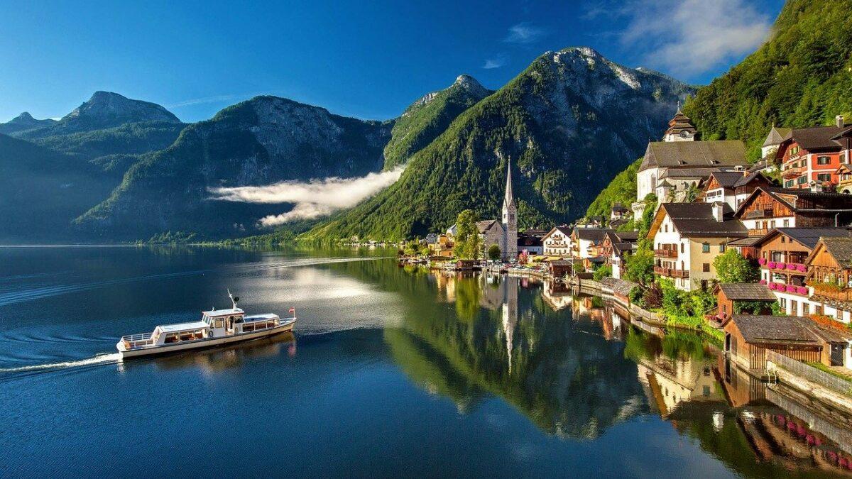 Austria Travel Guide & Magazine | Travel4History.com