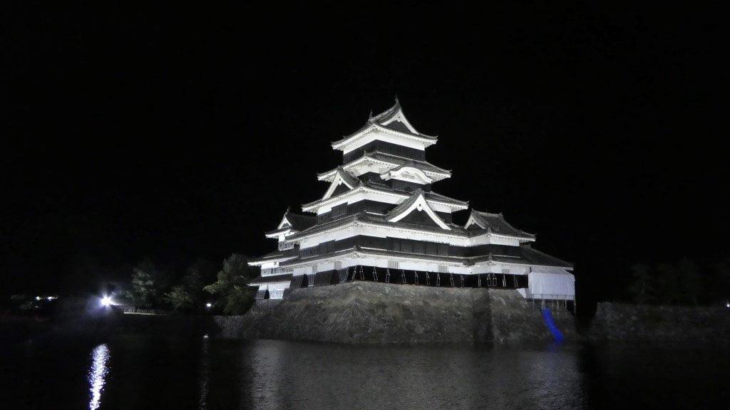 Matsumoto castle by night
