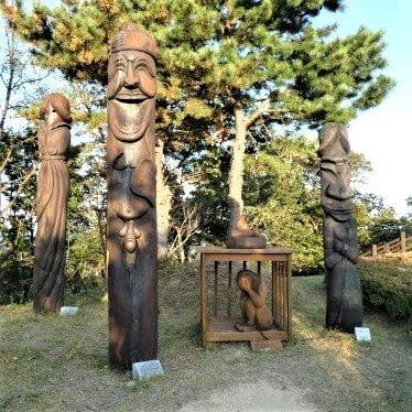 Many statues in Haesindang Park