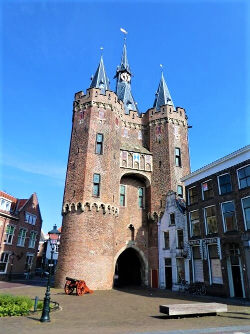 Sassenpoort: most beautiful gate of the Netherlands?