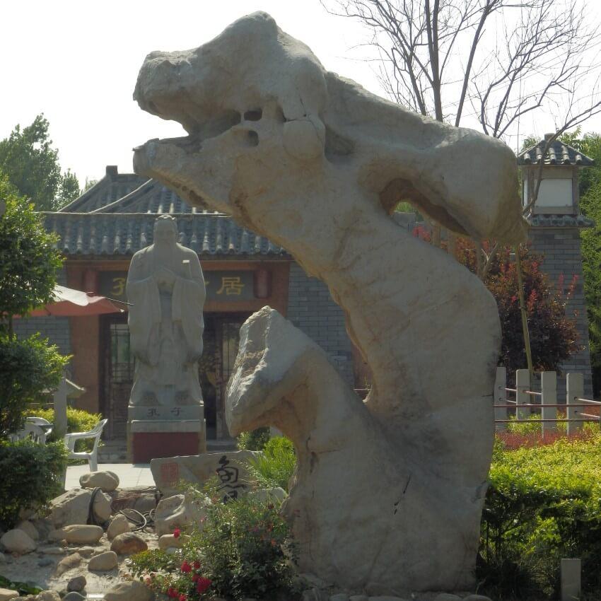 Statue of Confucius in Qufu