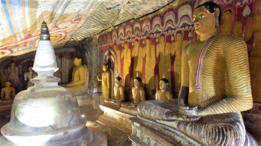 Beautiful frescoes in Sri Lanka