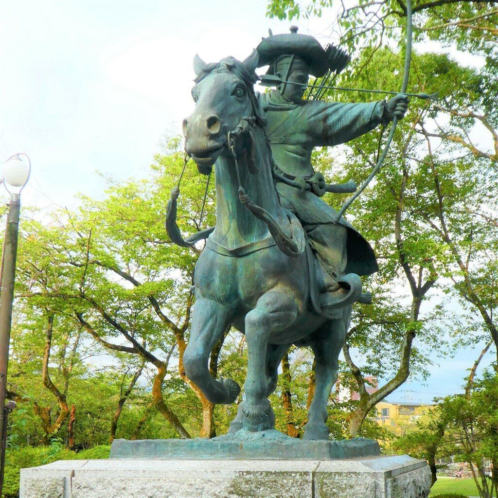 Shogun Minamoto-no-Yoritomo
