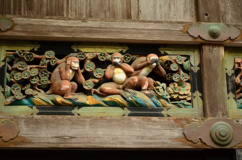 The three monkeys at the Toshogu Shrine, Nikko