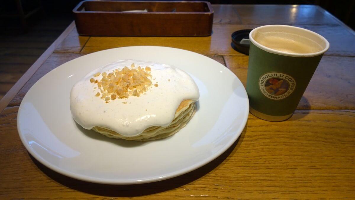 Okonomiyaki, a kind of pancake in Japan