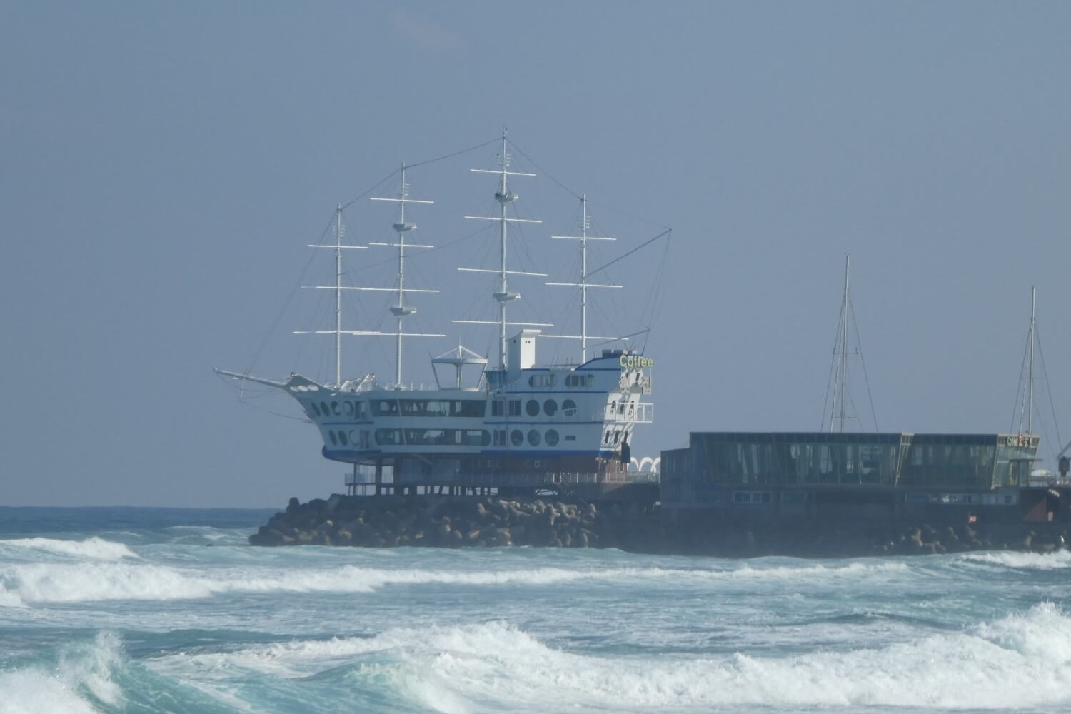 The little Cruise ship in South Korea