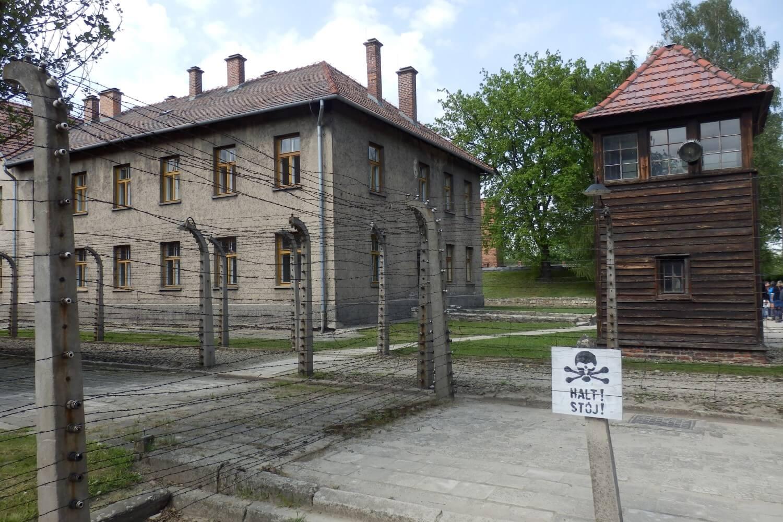Barbed Wire, Auschwitz I